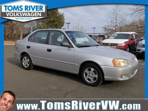 Pre-Owned 2002 Hyundai Accent GL